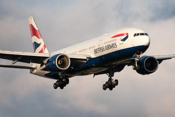 G-YMMF - British Airways Boeing 777-200