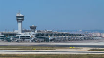 LTBA - - Airport Overview - Airport Overview - Control Tower aircraft