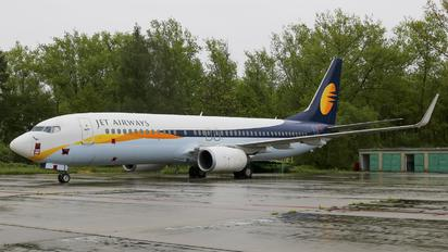 VT-JFA - Jet Airways Boeing 737-800