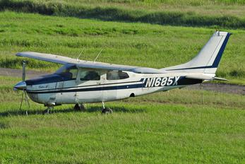 N1685X - Private Cessna 210 Centurion