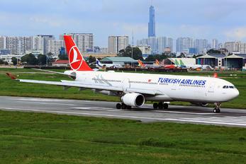 TC-JOL - Turkish Airlines Airbus A330-300