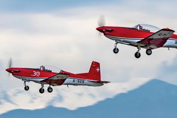 A-929 - Switzerland - Air Force: PC-7 Team Pilatus PC-7 I & II