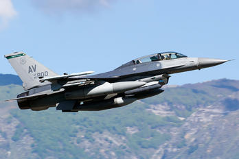 90-0800 - USA - Air Force General Dynamics F-16DG Fighting Falcon