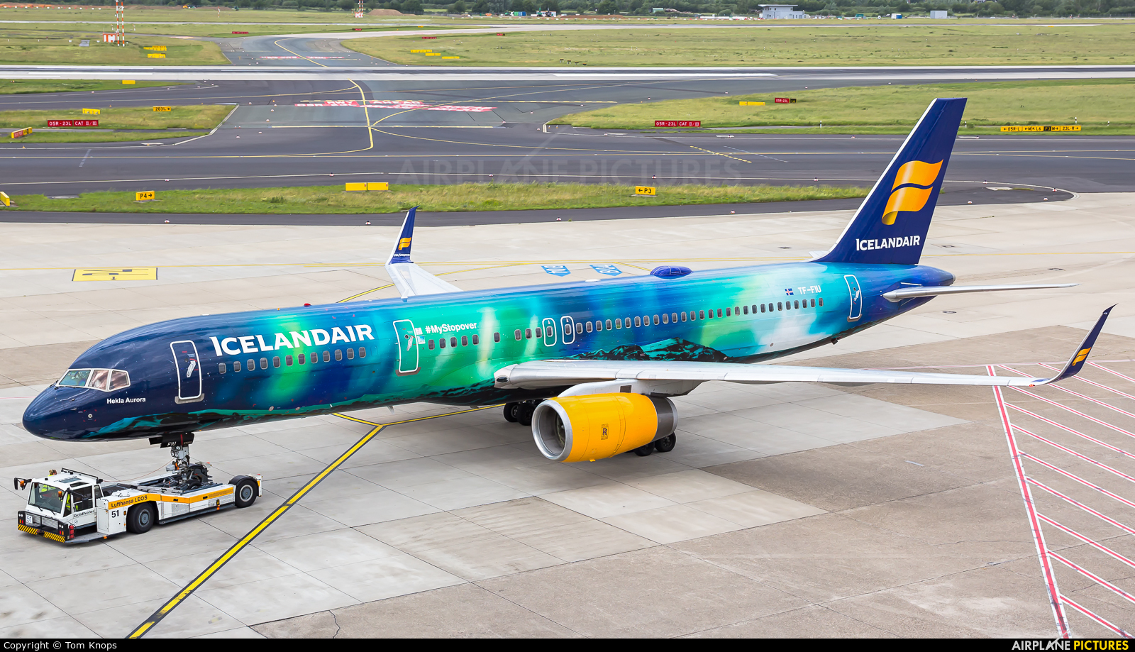 Icelandair TF-FIU aircraft at Düsseldorf