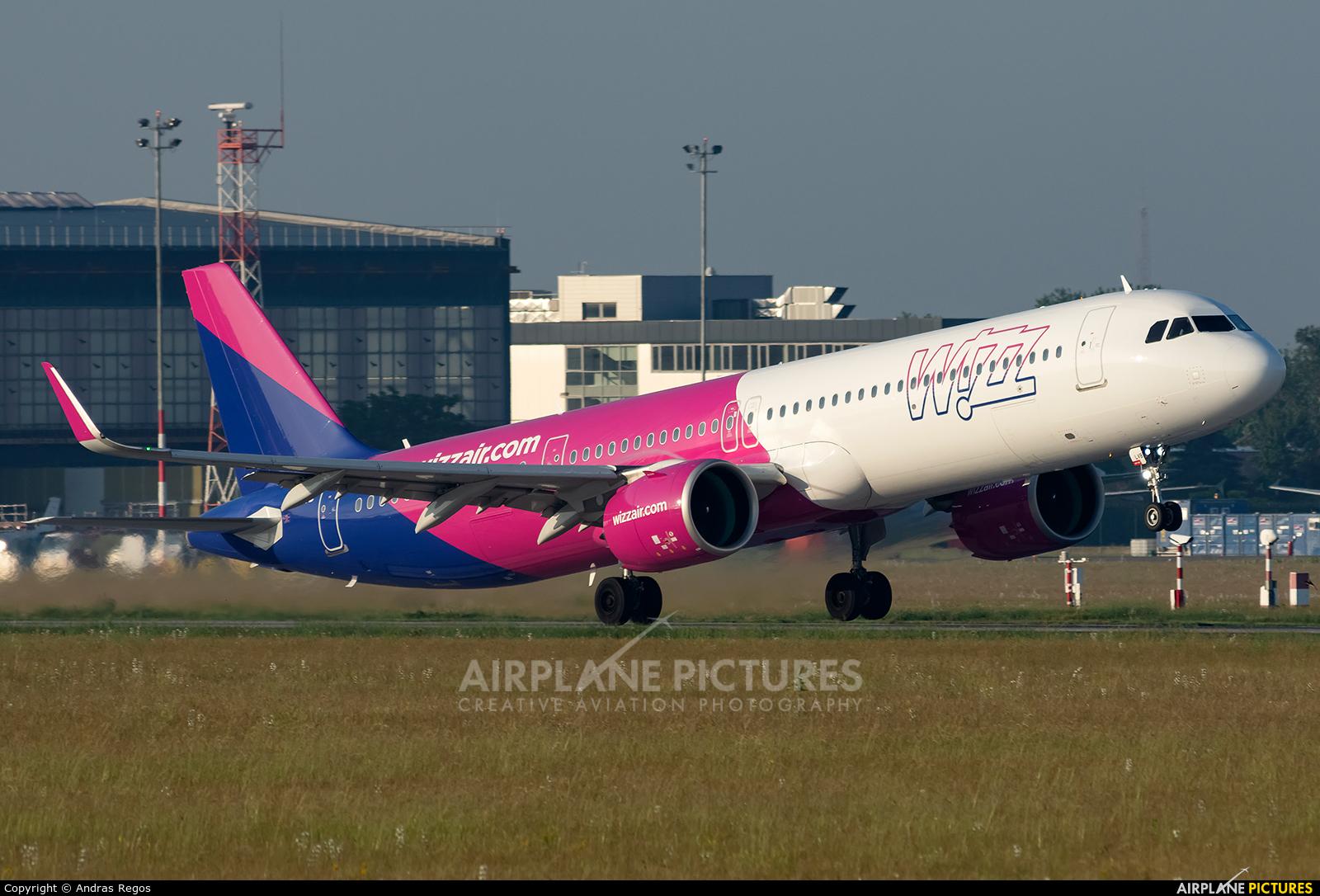 Wizz Air HA-LVB aircraft at Budapest Ferenc Liszt International Airport
