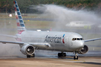 N384AA - American Airlines Boeing 767-300ER