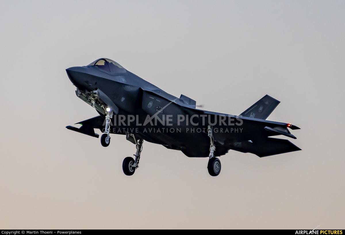 USA - Air Force 13-5077 aircraft at Payerne
