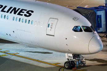 JA869J - JAL - Japan Airlines Boeing 787-9 Dreamliner