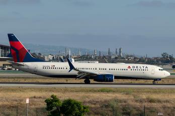 N844DN - Delta Air Lines Boeing 737-900ER