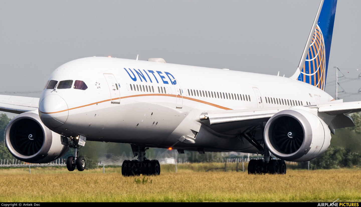 United Airlines N27964 aircraft at Amsterdam - Schiphol