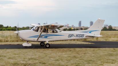 SP-KGB - Private Cessna 172 Skyhawk (all models except RG)