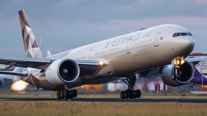 A6-ETA - Etihad Airways Boeing 777-300ER