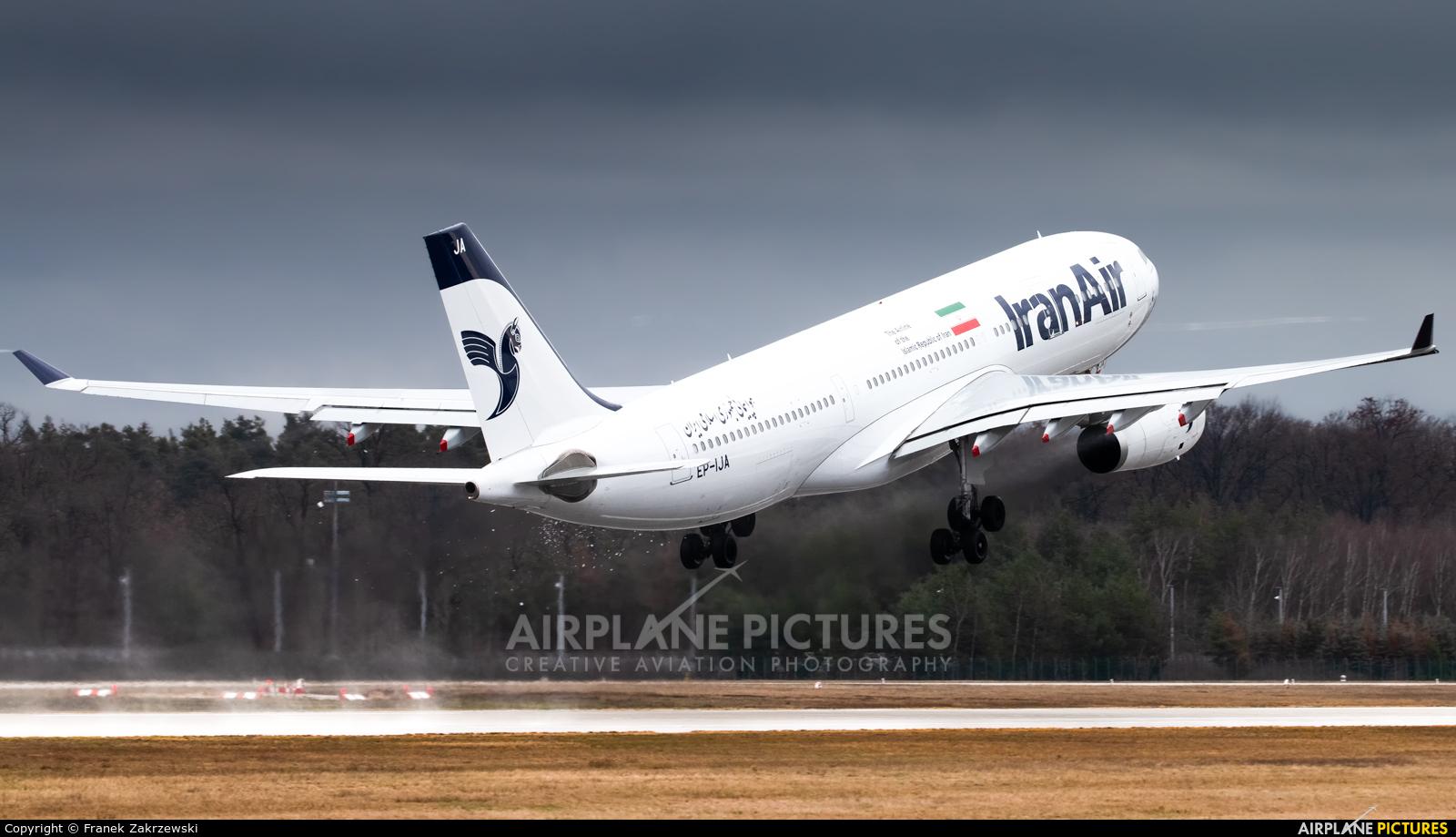 Iran Air EP-IJA aircraft at Frankfurt