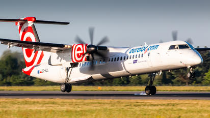 SP-EQL - LOT - Polish Airlines de Havilland Canada DHC-8-402Q Dash 8