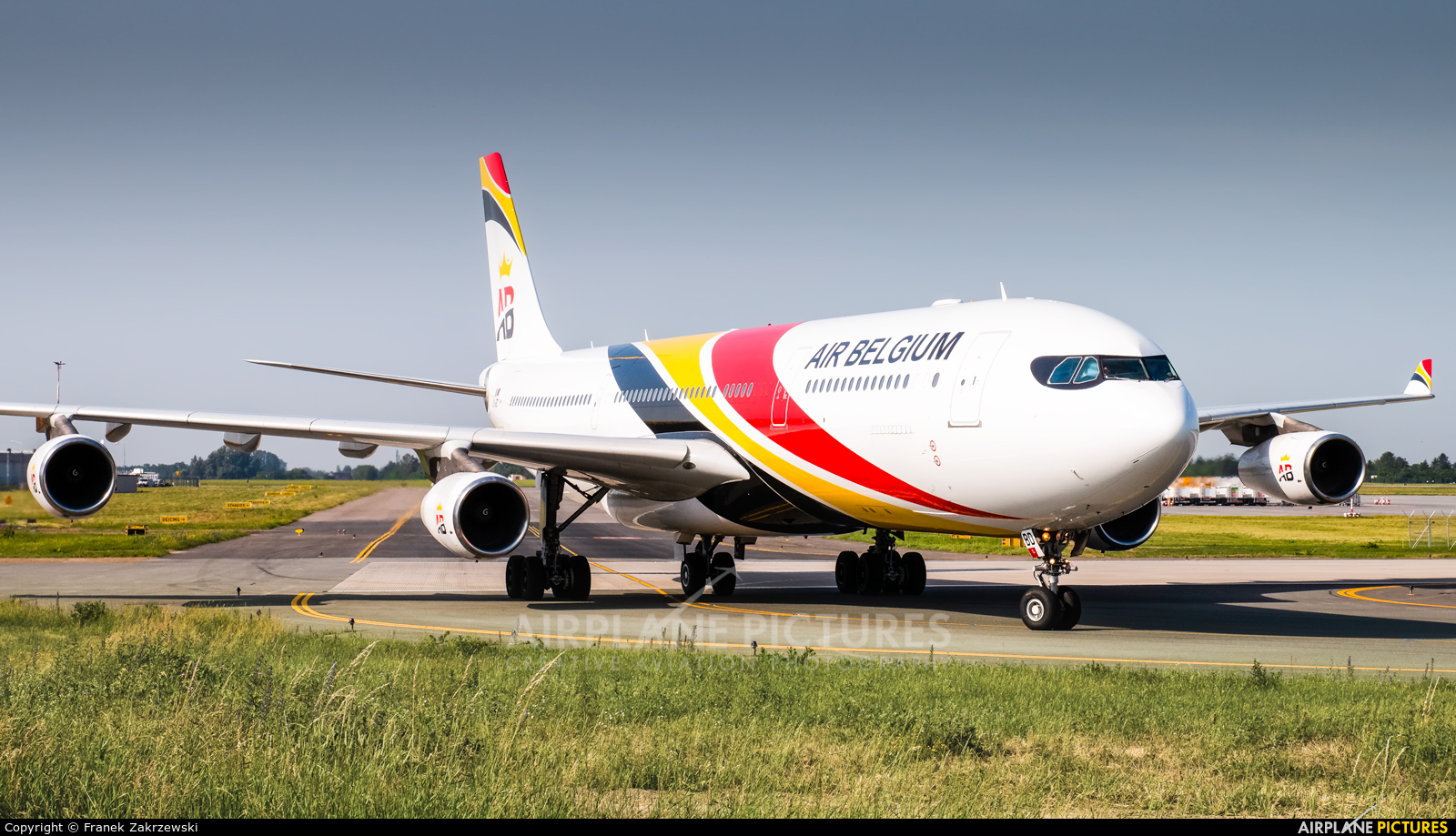 Air Belgium OO-ABD aircraft at Warsaw - Frederic Chopin