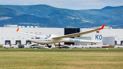 S5-3067 - Private DG Flugzeugbau DG 300