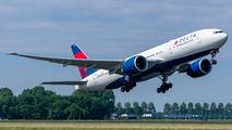 N710DN - Delta Air Lines Boeing 777-200LR aircraft