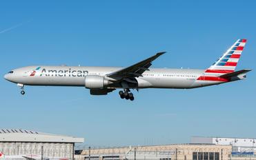 N722AN - American Airlines Boeing 777-300ER