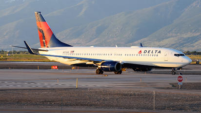 N3739P - Delta Air Lines Boeing 737-800