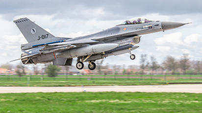 J-017 - Netherlands - Air Force General Dynamics F-16AM Fighting Falcon