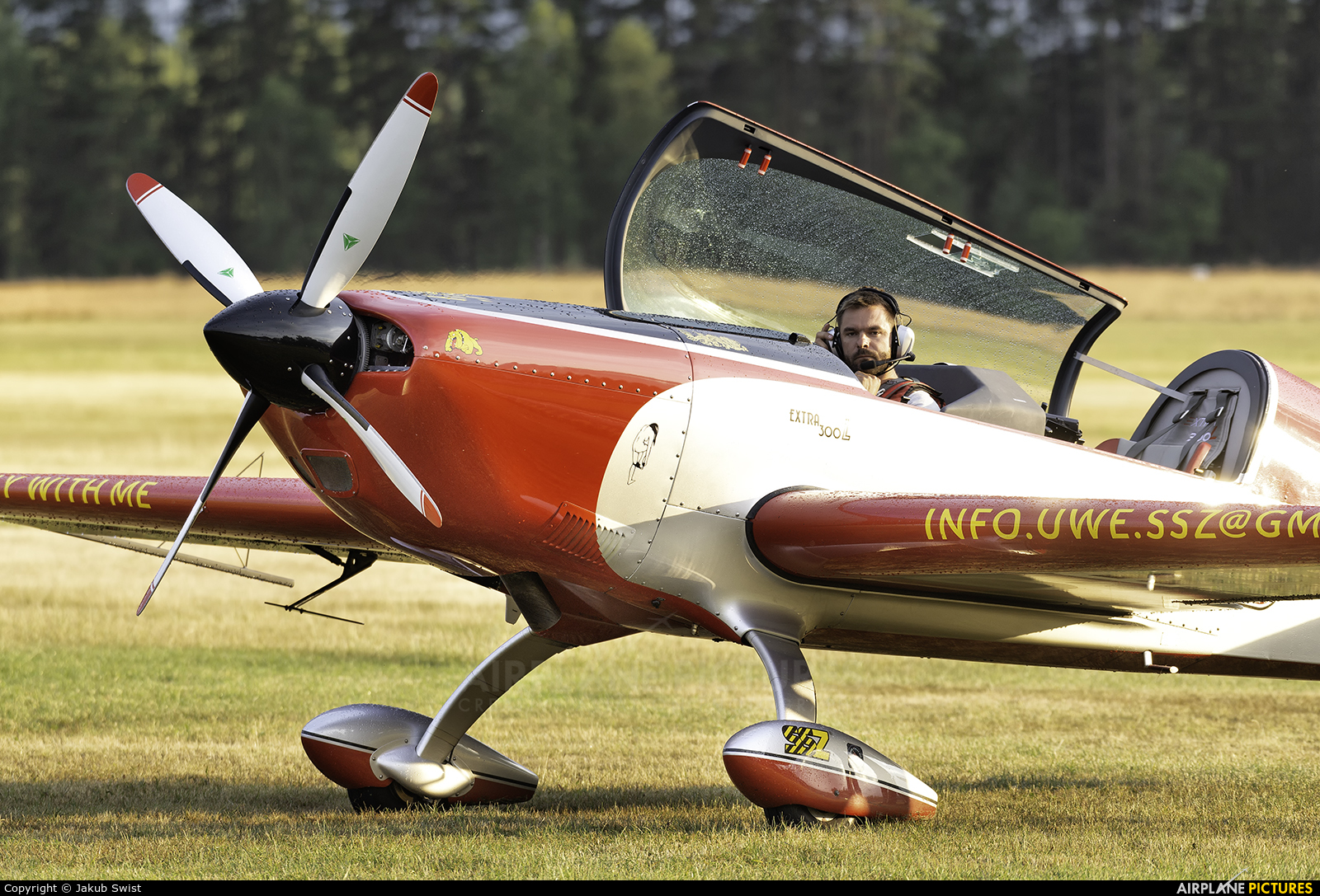 Private D-EGDE aircraft at Nowy Targ