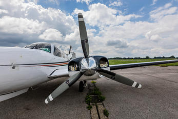 D-IFAS - Private Beechcraft 58 Baron