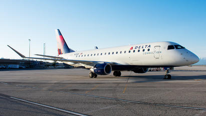 N275SY - Delta Connection - SkyWest Airlines Embraer ERJ-175 (170-200)