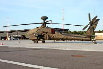 ZJ199 - UK - Army Air Corps Boeing AH-64A Apache