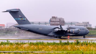 07-7176 - USA - Air Force Boeing C-17A Globemaster III