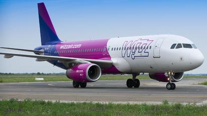 HA-LWY - Wizz Air Airbus A320