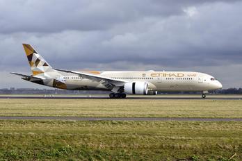 A6-BLL - Etihad Airways Boeing 787-9 Dreamliner