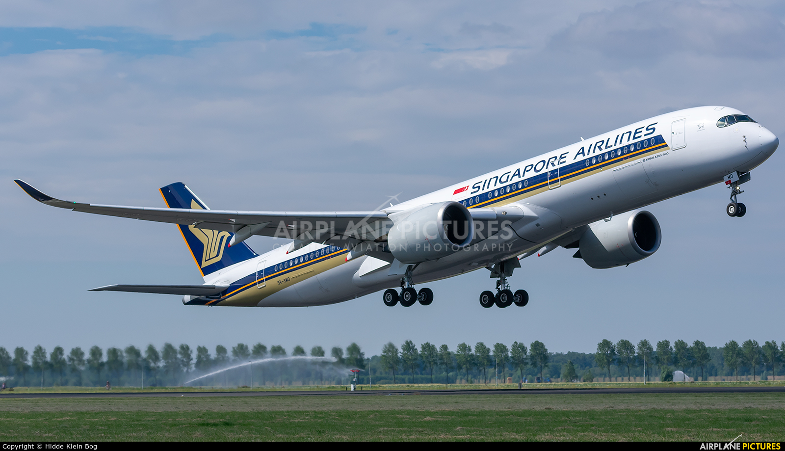 Singapore Airlines 9V-SMO aircraft at Amsterdam - Schiphol