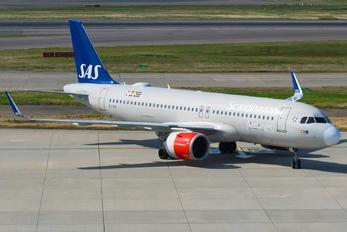 EI-SIE - SAS - Scandinavian Airlines Airbus A320 NEO