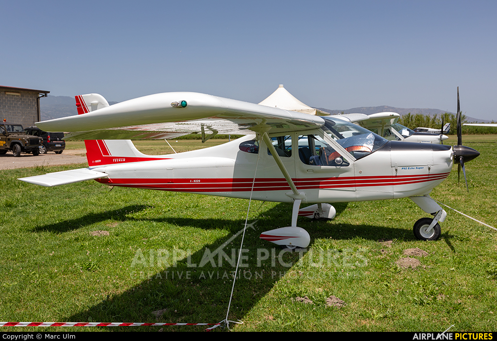 Private I-8229 aircraft at Sibari Fly