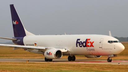 G-NPTD - FedEx Federal Express Boeing 737-800