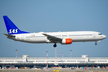 LN-RRT - SAS - Scandinavian Airlines Boeing 737-800