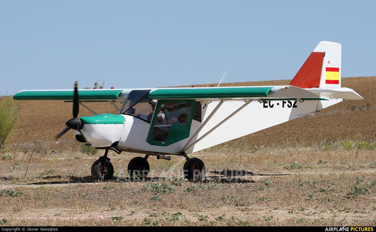 Private EC-FS2 aircraft at Camarenilla