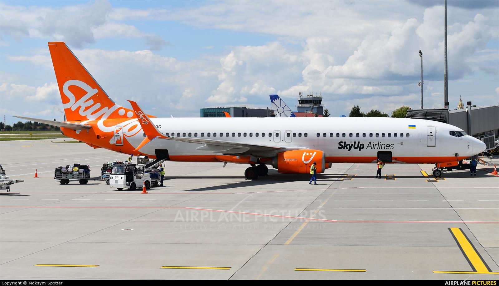 SkyUp Airlines UR-SQC aircraft at Lviv Danylo Halytskyi International Airport (Lwów Skniłów)