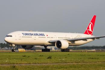 TC-LJF - Turkish Airlines Boeing 777-300ER