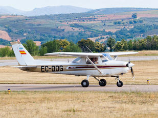 EC-DOG - Private Cessna 152