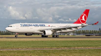 TC-JIS - Turkish Airlines Airbus A330-200