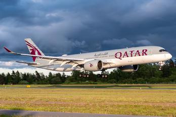 A7-ALO - Qatar Airways Airbus A350-900