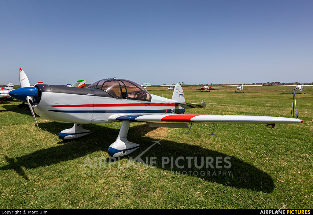 Private F-BXXR aircraft at Sibari Fly