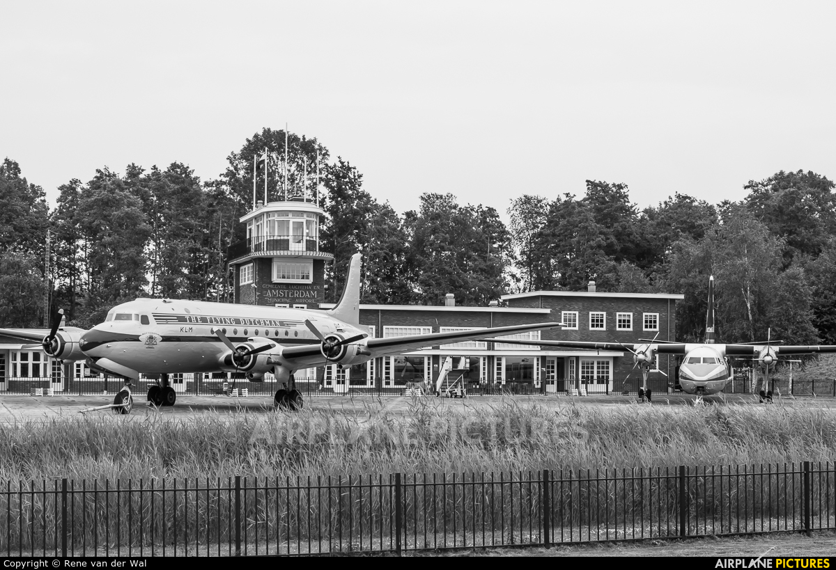 KLM PH-TAR aircraft at Lelystad