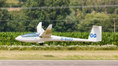 D-8402 - Private Rolladen-Schneider LS8