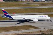 PR-XTH - LATAM Airbus A350-900 aircraft