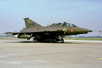 AT-157 - Denmark - Air Force SAAB TF 35 Draken