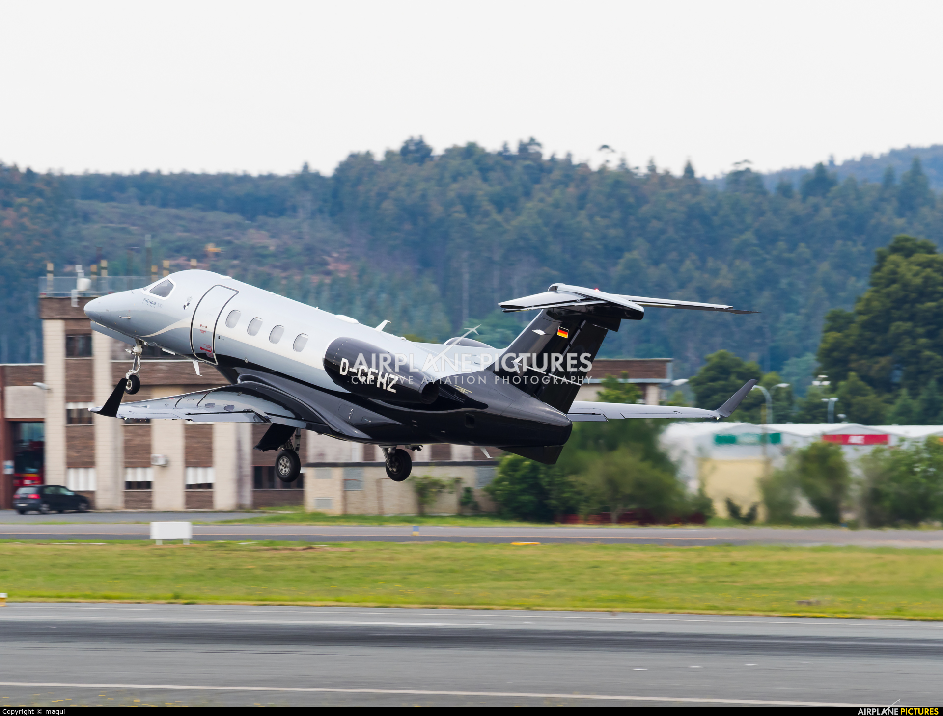 Private D-CFHZ aircraft at Santiago de Compostela