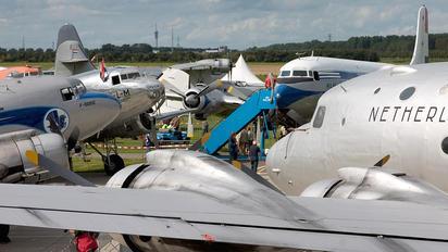 NL-316 - Aviodrome - Airport Overview - Apron