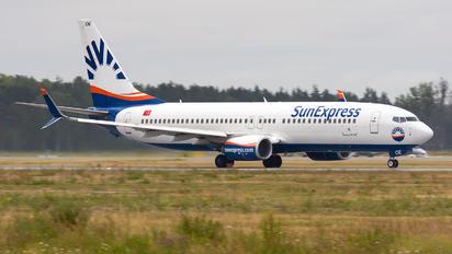 TC-SOE - SunExpress Boeing 737-800